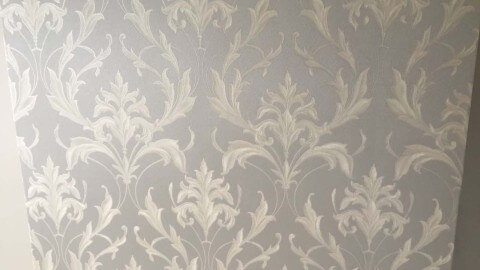 London wallpaper decorating